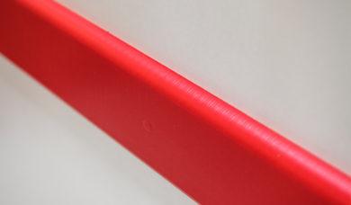 plinthe de porte rouge SPENLE