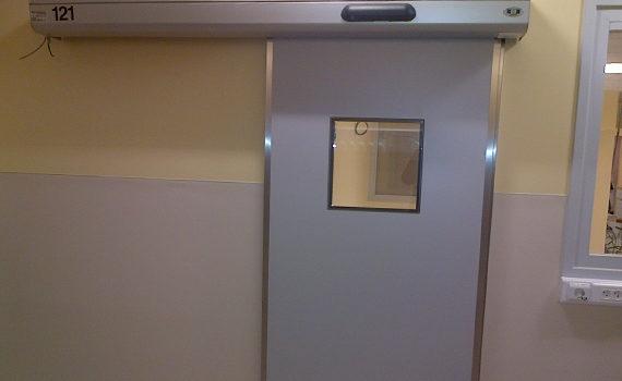 porte coulissante avec vitre pour hôpitaux et laboratoires