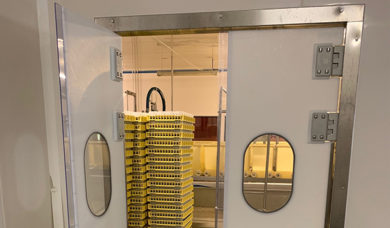 portes battantes double action en polyéthylène SP800